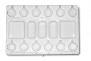 Палитра пластиковая прямоугольная 16х23 см, 12 ячеек, 5 ячеек для смешивания красо