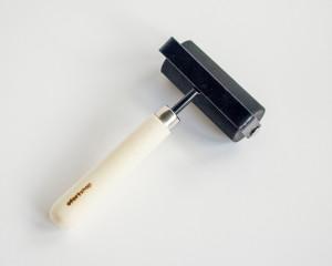 Валик резиновый профессиональный для художественных работ 76 мм
